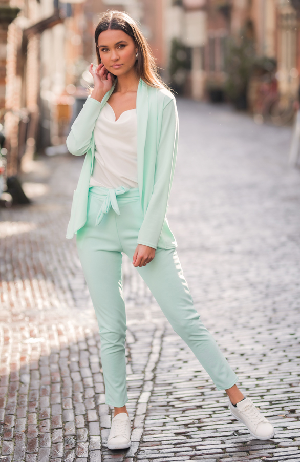 Blazer-Nov-Mint-2