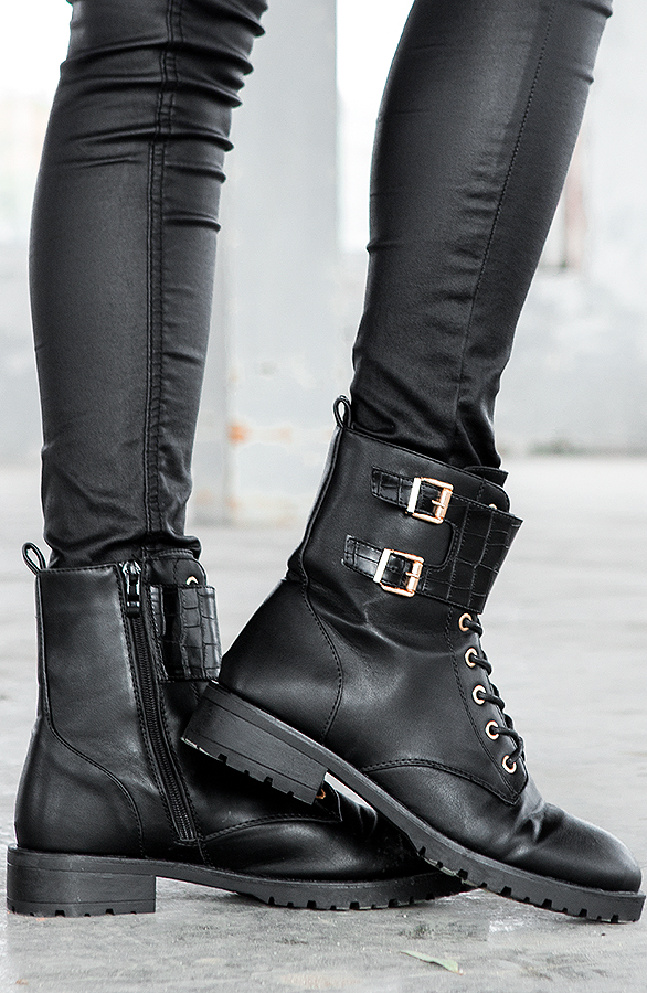 Buckle-Snake-Boots-Mia-Blac