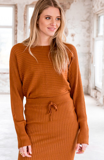 Maureen-Twinset-2-Piece-Cognac-4'