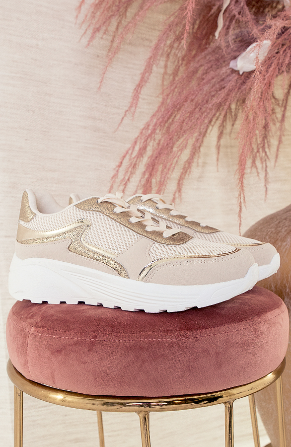Dad-Sneakers-Luxury-Beige