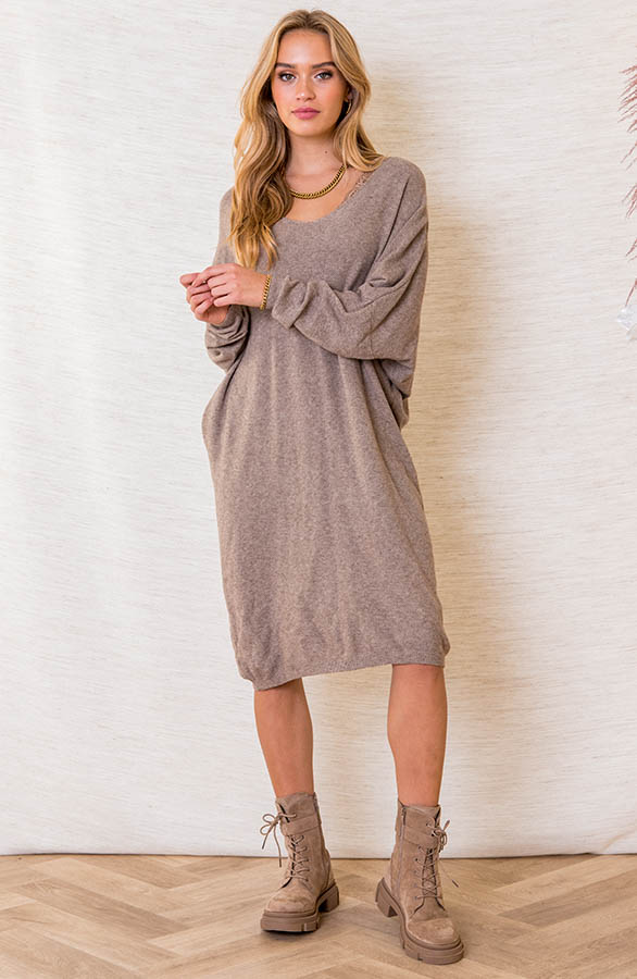 Oversized-Sweater-Dress-Rosanne-Taupe-1